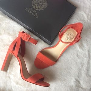 NEW IN BOX Vince Camuto Suede Heeled Sandals